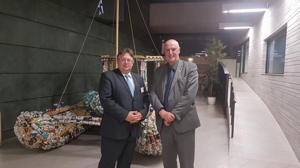 Mr Mart Laidmets, Deputy Secretary General for General and Vocational Education from the Estonian Ministry of Education and Research, and Mr Cor Meijer, Agency Director in Tallinn