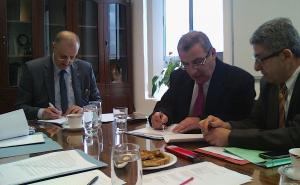 signing the co-operation between the Agency and Malta